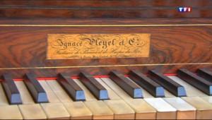Le 20 heures du 13 novembre 2013 : La manufacture de piano Pleyel a jou�a derni� note - 1583.3839999999993