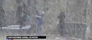 Sous la neige, Carcassonne attend entre 15 et 20 centimètres de neige