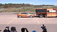 Insolite : crash d'une Volvo S60
