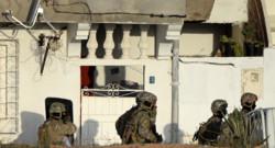 """Tunisie : assaut des forces de l'ordre contre une maison de Oued Ellil où étaient retranchés, selon les autorité, des """"terroristes"""", 24/10/14"""