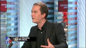"""Attentats à Paris : le logo de Charlie détourné en """"Je suis en terrasse"""""""