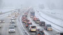 Des chutes de neige ont entraîné des bouchons en Savoie ce samedi 27 décembre
