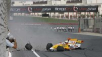 Renault F1 - Crash à Dubai