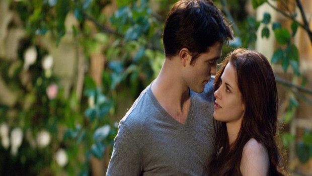 Twilight - Chapitre 5 Revelation 2e partie de Bill Condon