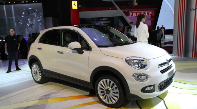 mondial de l 39 automobile 2014 le fiat 500x s 39 attaque aux. Black Bedroom Furniture Sets. Home Design Ideas
