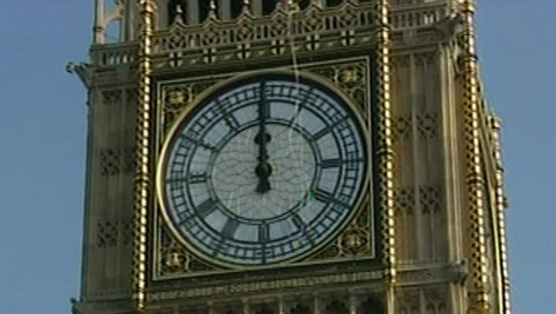 TF1/LCI Grand nettoyage de Big Ben, à Londres