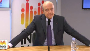 Alain Juppé se verrait bien porter les couleurs de l'UMP en 2017.