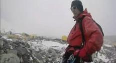 Des alpinistes au coeur de l'avalanche dans l'Everest.