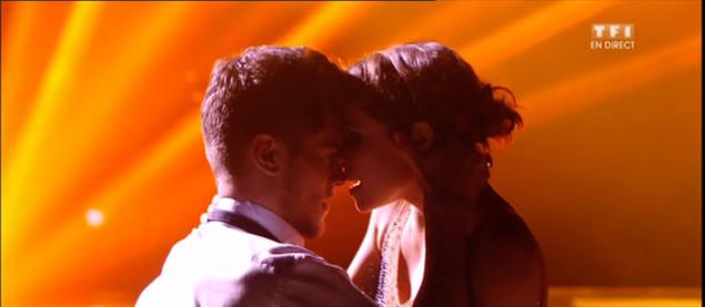 Un Tango en trio pour Rayane Bensetti, Denitsa et Luize sur « Roxanne » (Moulin Rouge)