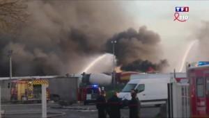 Gironde : un incendie suivi de deux explosions blesse légèrement deux pompiers