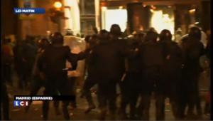 Violent affrontement entre Indignés et forces de l'ordre à Madrid