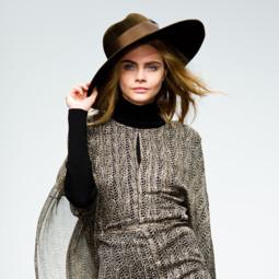 Cara Delevingne au défilé ISSA à la Fashion Week de Londres 2013 le 16 février 2013
