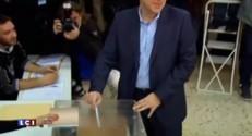Grèce : Alexis Tsipras au bureau de vote
