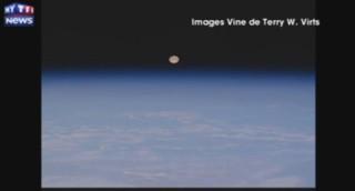 Les images d'une pleine lune filmée... depuis l'espace