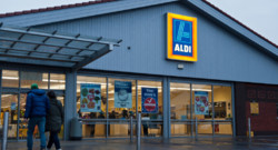 Un magasin Aldi. Images d'archives.
