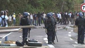 barrage gendarmes Guadeloupe