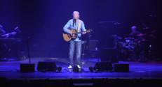 Le 13 heures du 24 octobre 2014 : Henri D� cinquante ans de chansons - 1816.4299321289059