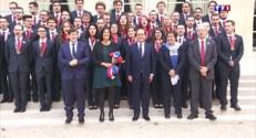 Un haka pour l'équipe de France des Olympiades des métiers à l'Elysée