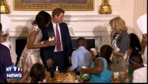 Le Prince Harry prend le thé à la Maison Blanche