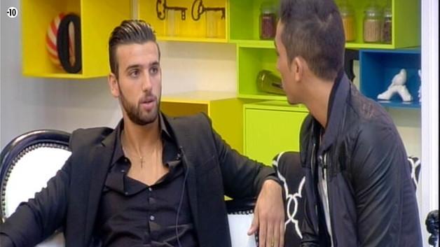 Aymeric s'explique également avec Sacha.