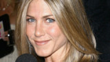 Jennifer Aniston : sa bague est plus grosse que celle d'Angelina Jolie