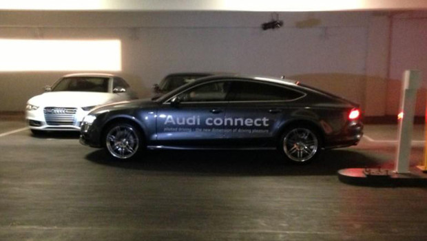 Constructeurs auto et géants du high-tech présentent leurs innovations au CES de Las Vegas.