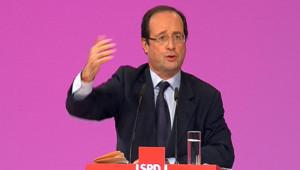 François Hollande à Berlin le 5 décembre 2011.