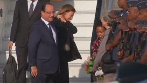 François Hollande à son arrivée en Afrique du Sud, 14/10/13