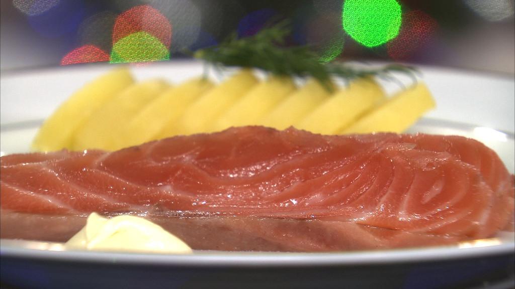 Saumon marin la cardamome fa on gravlax petits plats - Recette cuisine tf1 petit plat en equilibre ...