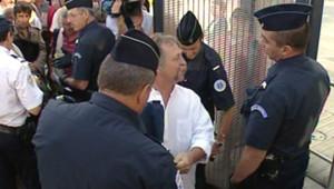 """José Bové lors de son procès pour """"dégradation volontaire en réunion"""" (27 août 2008)"""