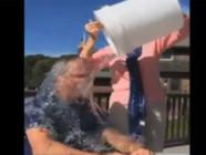 L'ancien président George W. Bush a relevé le défi Ice Bucket, le 20 août.