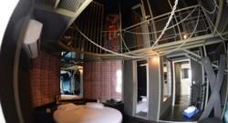 La chambre d'un Love Hotel de Rio