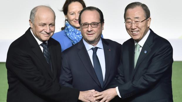 François Hollande, Ban Ki-moon, Laurent Fabius et Ségolène Royal au Bourget pour accueillir plus de 150 chefs d'Etat ce 30 novembre 2015