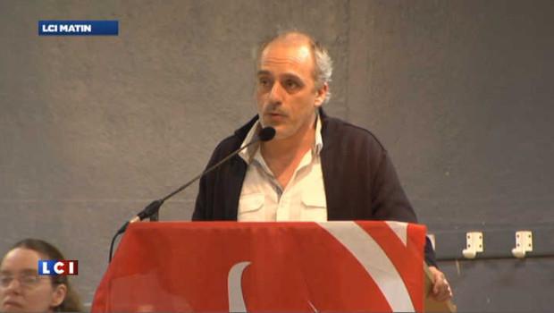 """La priorité de Poutou : """"Dégager Nicolas Sarkozy"""""""