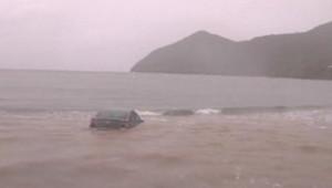 Rafael, une nouvelle tempête tropicale, s'est formée vendredi dans l'est de la mer des Caraïbes. Ici des images de Martinique