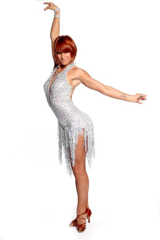 http://s.tf1.fr/mmdia/i/31/4/fauve-danse-avec-les-stars-2-10560314bwfdx_1879.jpg