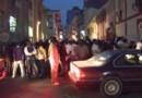Manifestants sénégalais après la validation de la candidature Wade (29 janvier 2012)