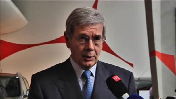 Philippe Varin, PDG de PSA, lors d'une conférence de presse le 12/7/12