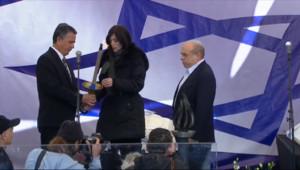 Le 13 heures du 13 janvier 2015 : En Israël, profonde émotion aux funérailles des victimes de l%u2019Hyper Cacher - 538.151