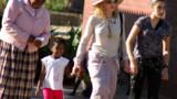 Madonna a atterri au Malawi avec deux de ses enfants