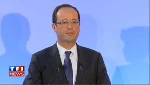 Hollande accuse Sarkozy d'orchestrer les attaques contre lui