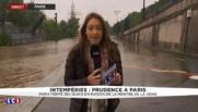 Paris : Pont de l'Alma les berges de Seine sous l'eau, la circulation aux piétons et voitures interdite
