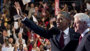 Barack Obama a brièvement rejoint Bill Clinton mercredi soir sur la scène de la convention démocrate de Charlotte, le 5 septembre 2012.