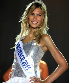 http://s.tf1.fr/mmdia/i/32/0/miss-provence-2011-solene-froment-candidate-election-miss-france-10590320ljbbb_2006.jpg