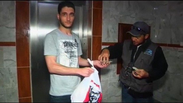 Les amateurs de KFC  Gaza se font livrer par l&amp;#039;Egypte.