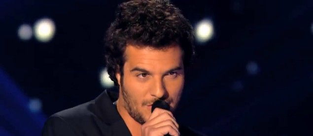 Le charme fou d'Amir opère avec « Candle In The Wind » (Elton John) dans The Voice