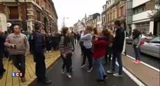 """Calais est un symbole """"du laxisme d'Etat"""" dénonce, sur place, Marine Le Pen"""