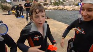 Le 20 heures du 25 octobre 2013 : A Niolon, les enfants d�uvrent les fonds sous-marins - 1484.6081512451171