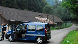 Les victimes ont été découvertes par un cycliste sur un parking de la commune de Chevaline, le 5 septembre 2012