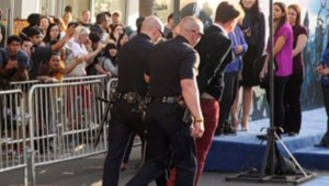Arrestation de l'homme qui venait d'agresser Brad Pitt, 28/5/14, à Los Angeles